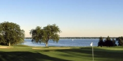 Majestic Oaks at Lake Lawn Resort