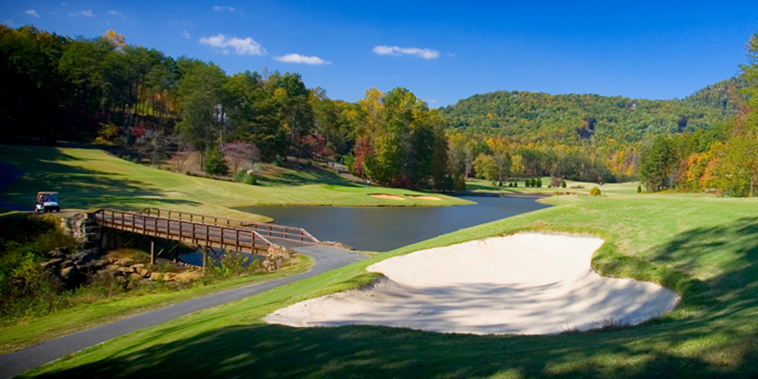 Apple Valley Golf Course at Rumbling Bald Resort
