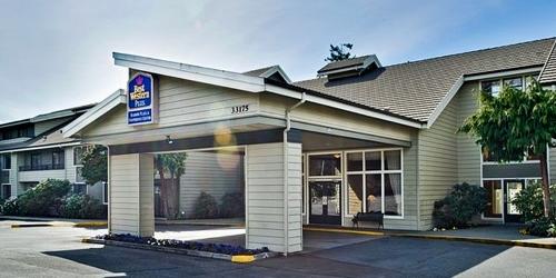 Best Western Plus Harbor Plaza